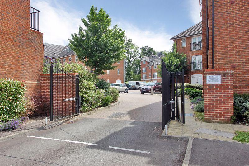 Woodfield Lodge Woodfield Road