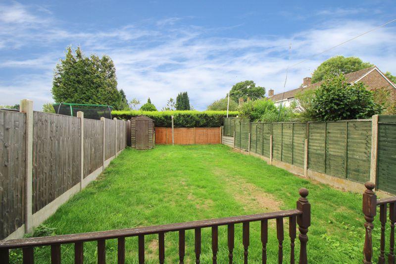 Midhurst Close Ifield