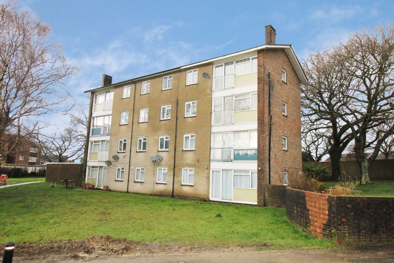 Highams Hill Gossops Green