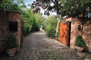 Pear Tree Lane