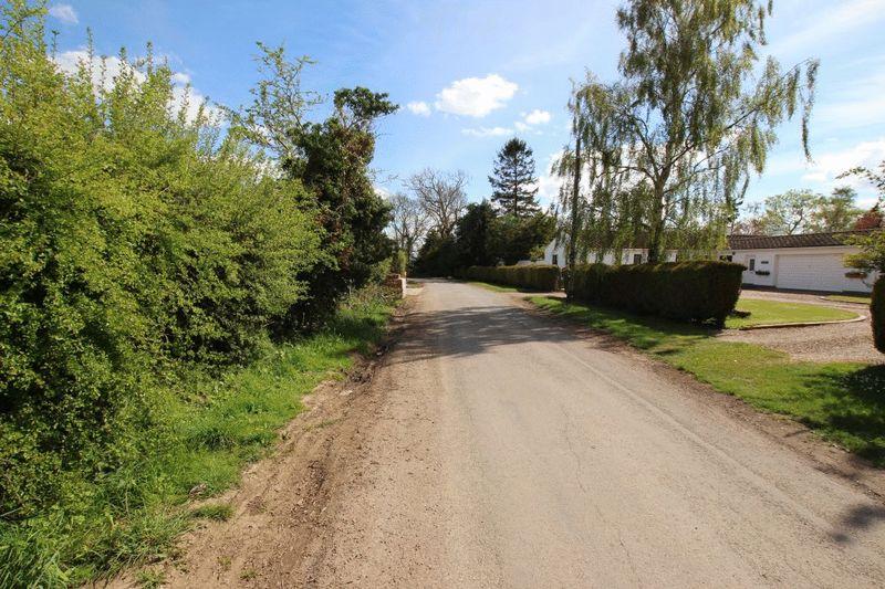 Newbridge Lane