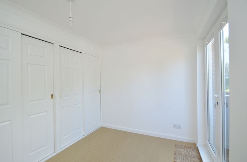 10a Luccombe Road