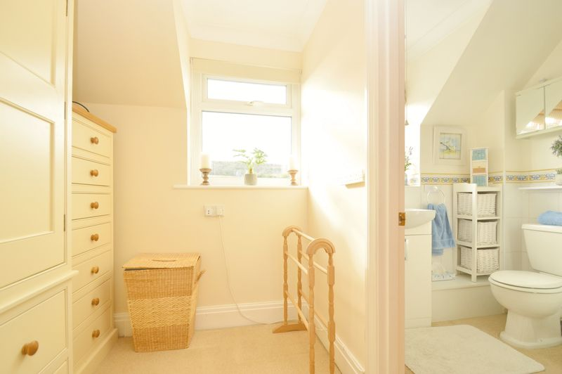 Dressing Area & En Suite