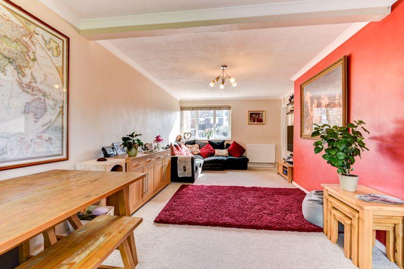 Corsletts Avenue Broadbridge Heath