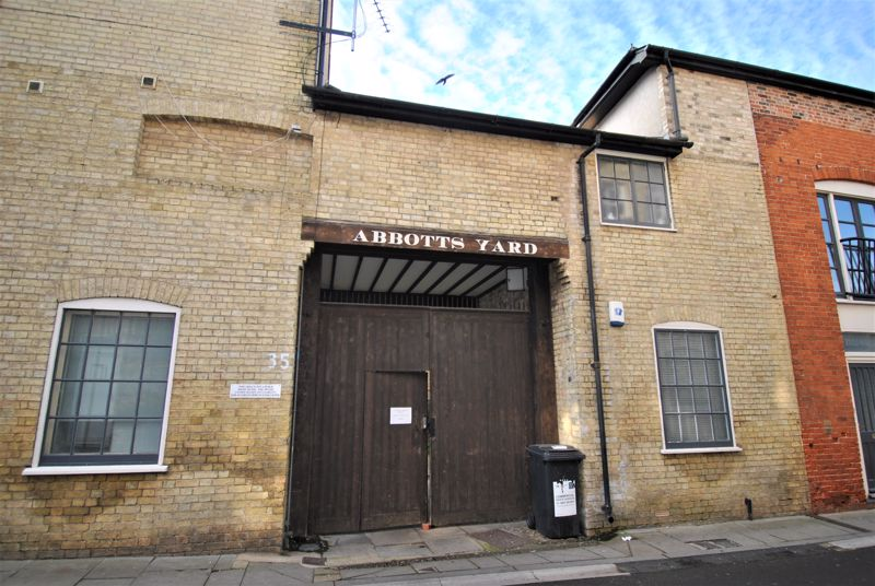 Abbotts Yard Upper King Street