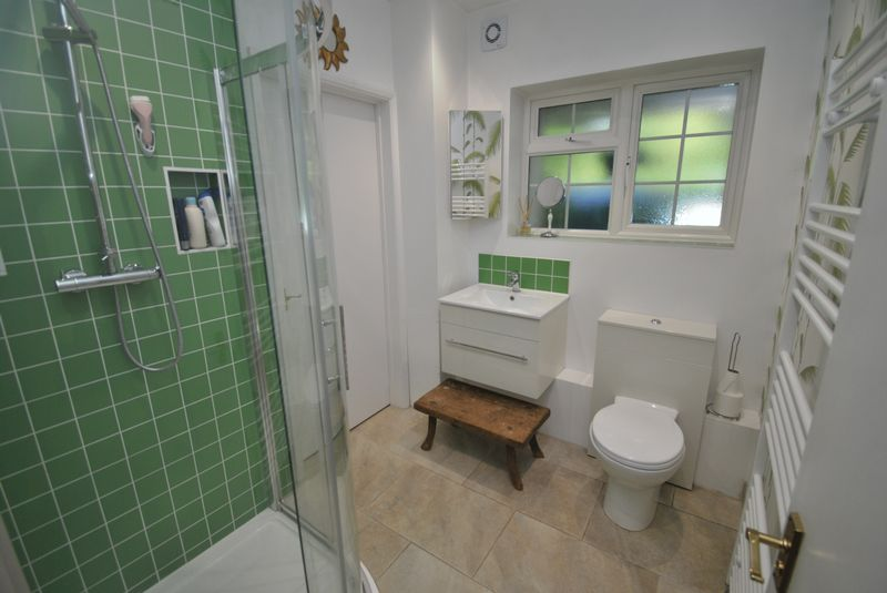 Shower Room WC