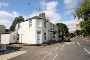 Horsefair Street