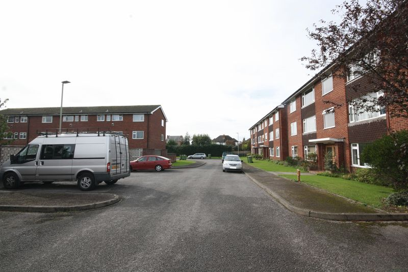 Sterling Court