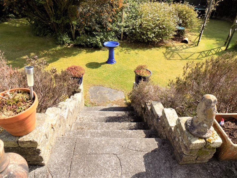 Steps from Patio to Garden