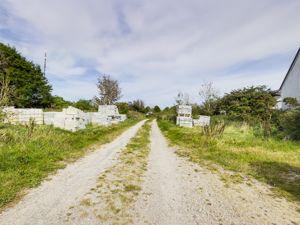 Loscombe Road Four Lanes