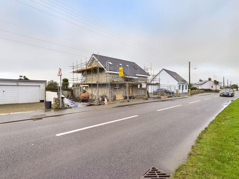 Main Road Ashton