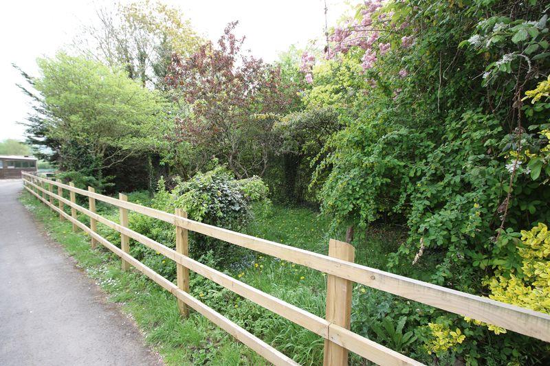 Between 20 and 28 Clevedon Road Tickenham