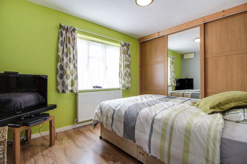 Mountfort Close Eynesbury