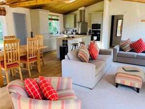 Plas Coch Coastal & Country Retreat Llanedwen