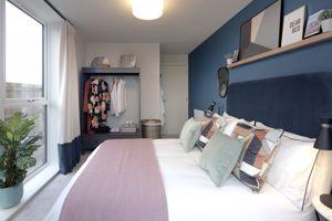 Show flat - bedroom
