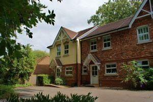 Russett Gardens Ruscombe