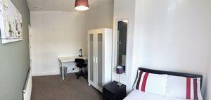 Nelthorpe Street - Room 3