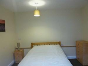 Ripon Street - Room 8