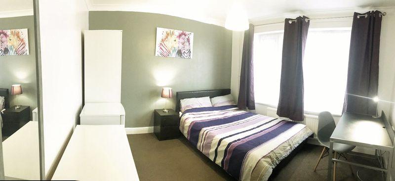 Staunton Court - Room 3
