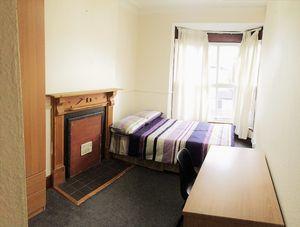 Portland Street - Room 6