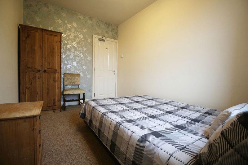 Vine Street Room 4