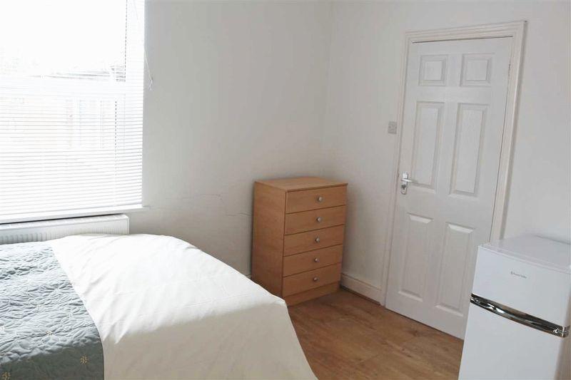 Monks Road - Room 5