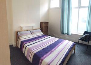 Portland Street - Room 8