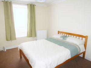 Park Street - Room 1