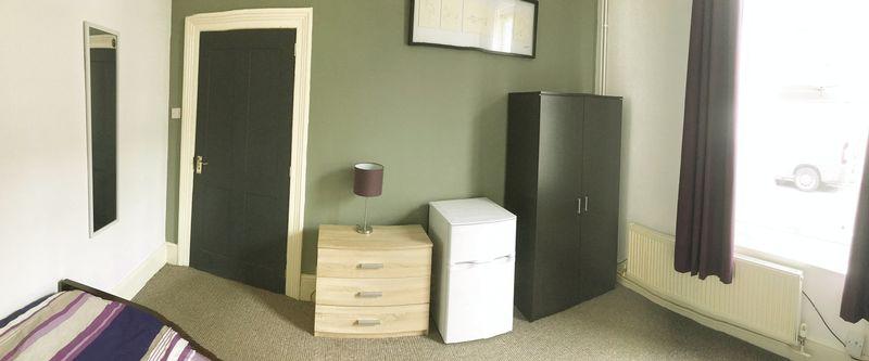 Ripon Street - Room 1