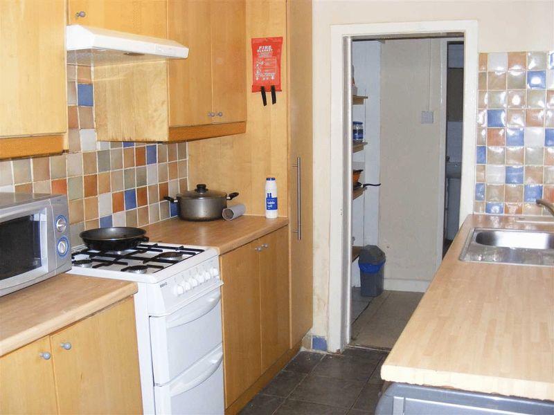 Ripon Street - Room 5