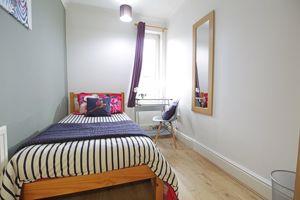 Dixon Street - Room 4