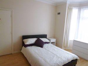 Pennel Street - Room 1