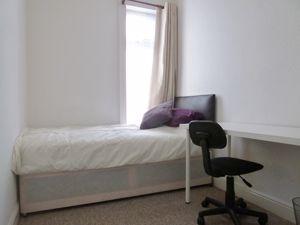 Nelthorpe Street - Room 4