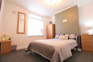 Oakfield Street - Room 1