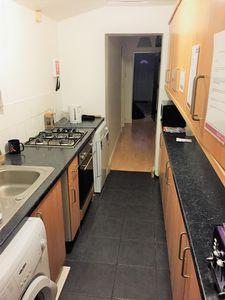 Albert Terrace - Room 4