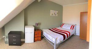 Russell Street - Room 2