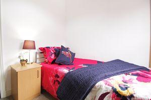 Oakfield Street - Room 3