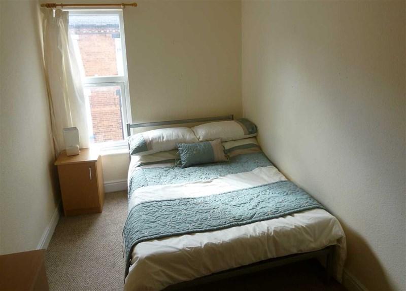 Oakfield Street - Room 4