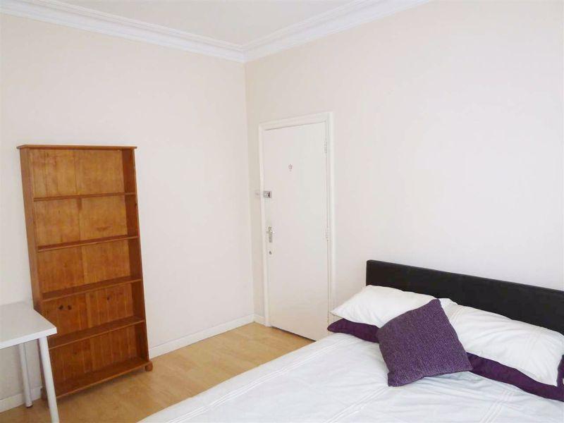 Sibthorp Street - Room 1
