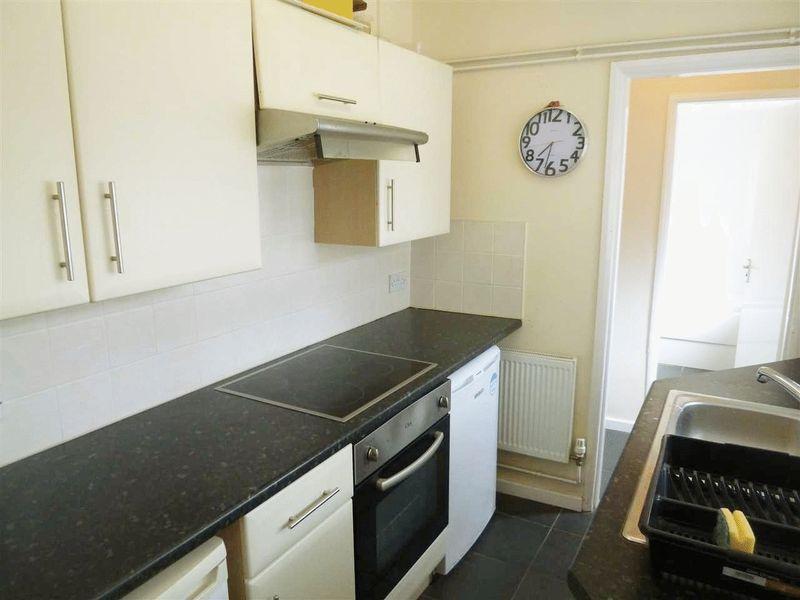 Oakfield Street - Room 2