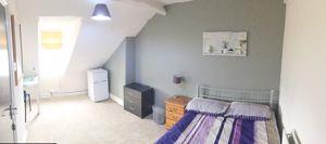 Foster Street - Room 5