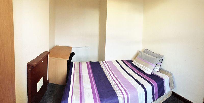 Portland Street - Room 7