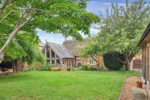 13 Barnsdale Great Easton