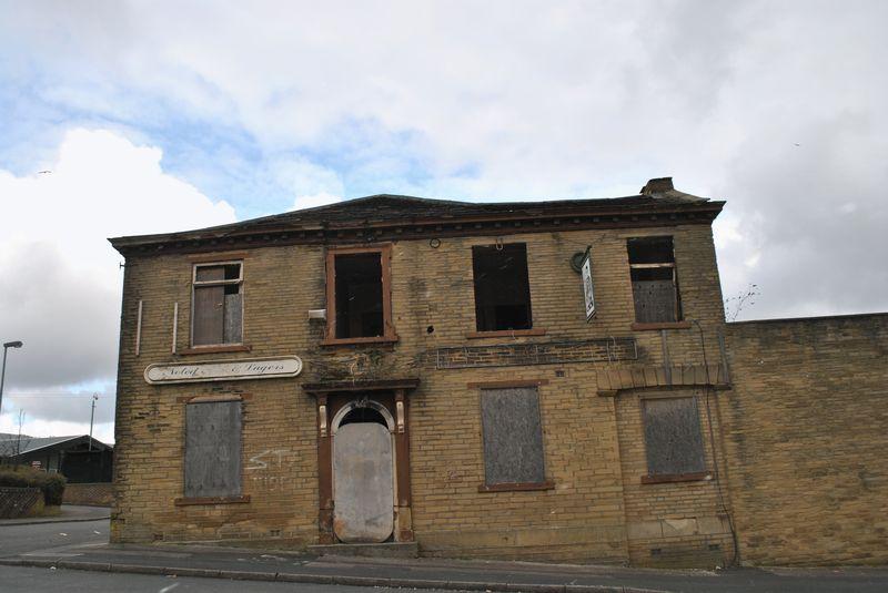 Lily Street Manningham