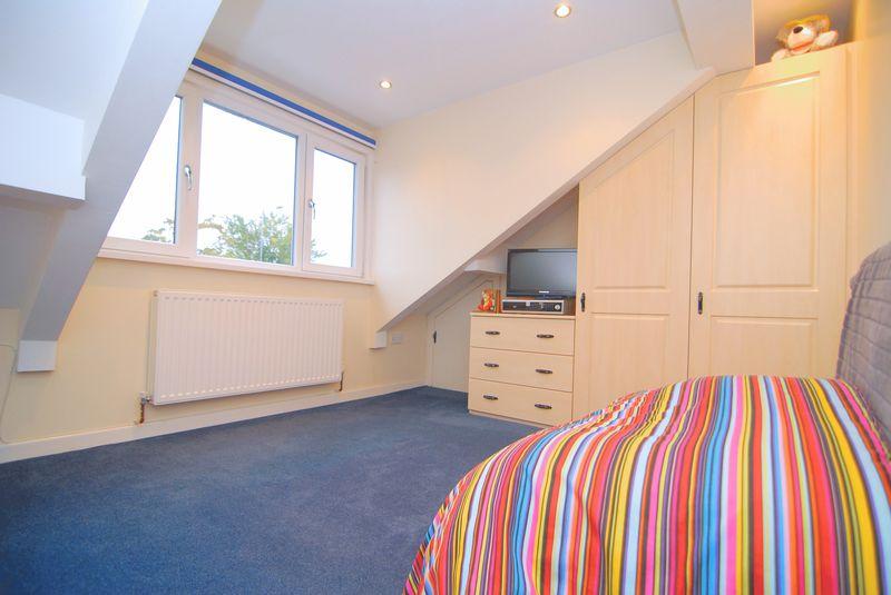 Front Dorma Bedroom