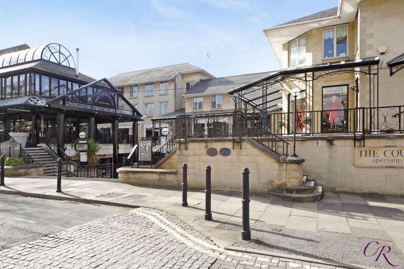 The Courtyard Montpellier Street