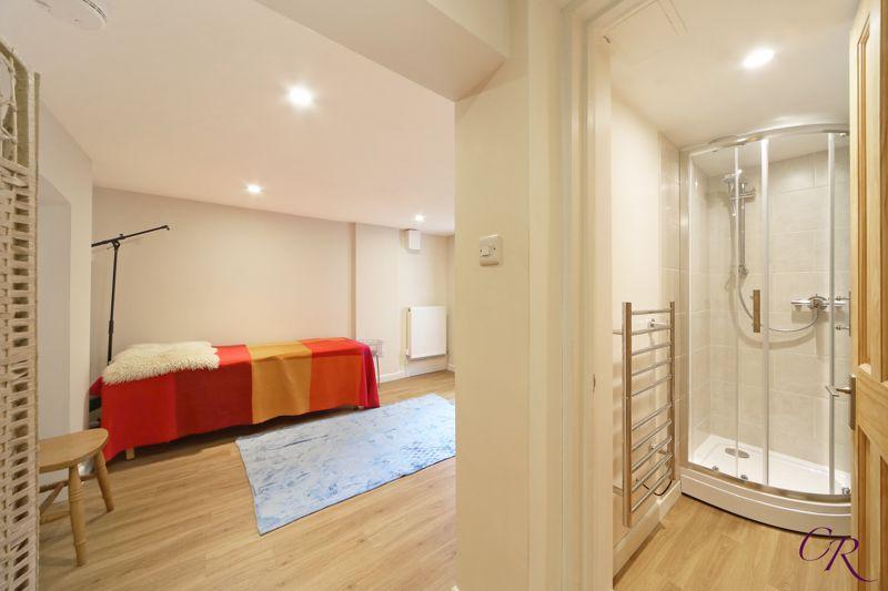 Bedroom/Office & En Suite