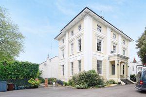 Rothesay Mansion 2 Albert Road