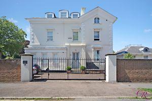 Churchill Lodge 67 Painswick Road
