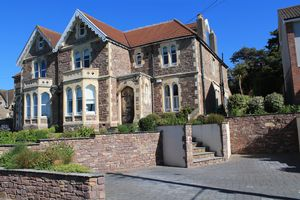 Woodhill Avenue